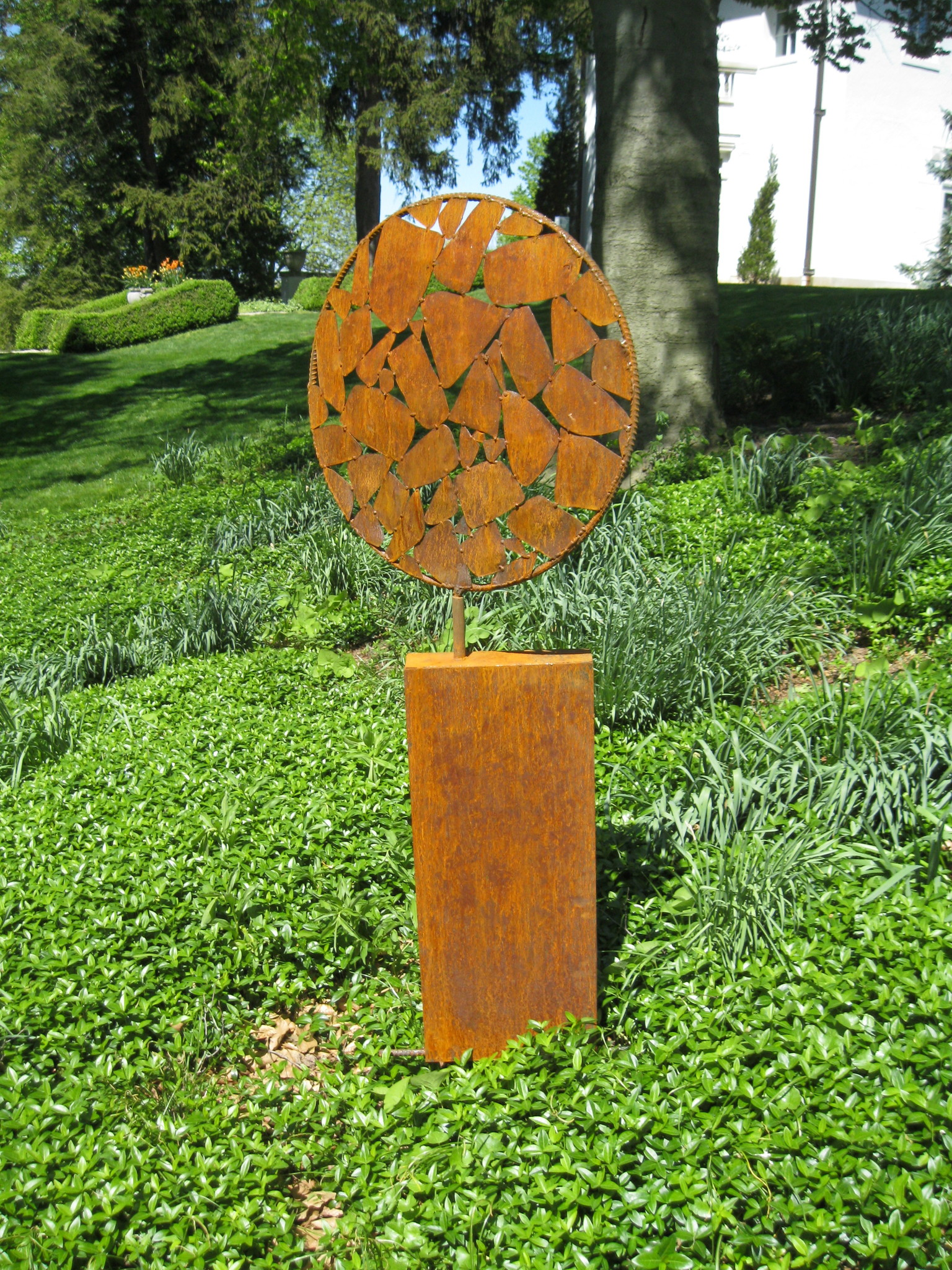 mosaic round